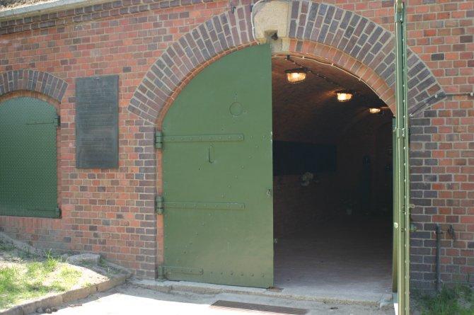 Fort7_gas chamber.jpg