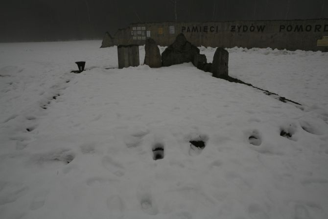 waldlager_krematorium.jpg
