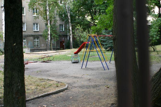 LG_006_Lutomierska Street_fire brigade square.jpg